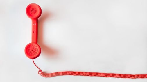 phone-call-feature-red-890x506